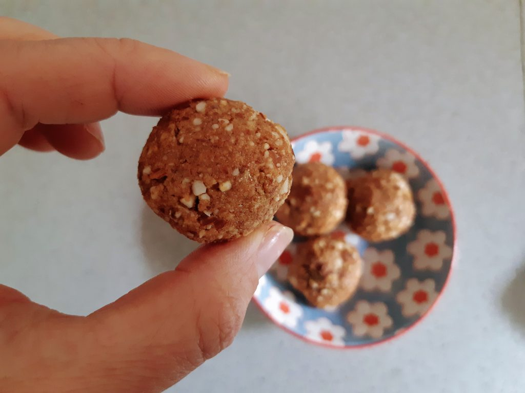עוגיות שקדים ללא קמח 1