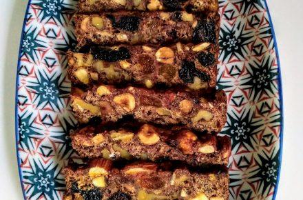 עוגת פירות יבשים 2
